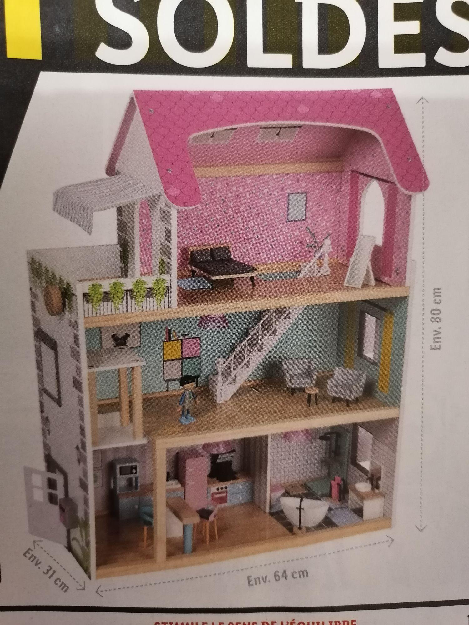 Sélection de produits en promotion - Ex : Maison de poupées en bois + 2 poupées + 31 objets d'ameublement