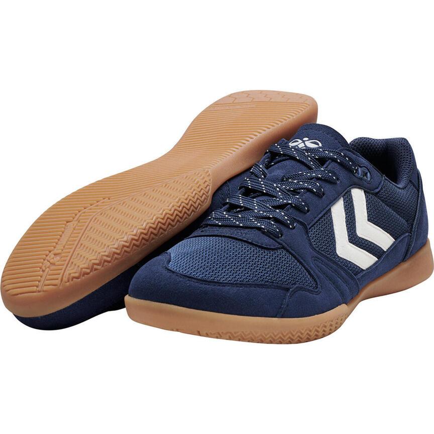 Sélection de produits de sport en promotion - Ex: Chaussures de Futsal Hummel Swift Lite - Du 41 au 46