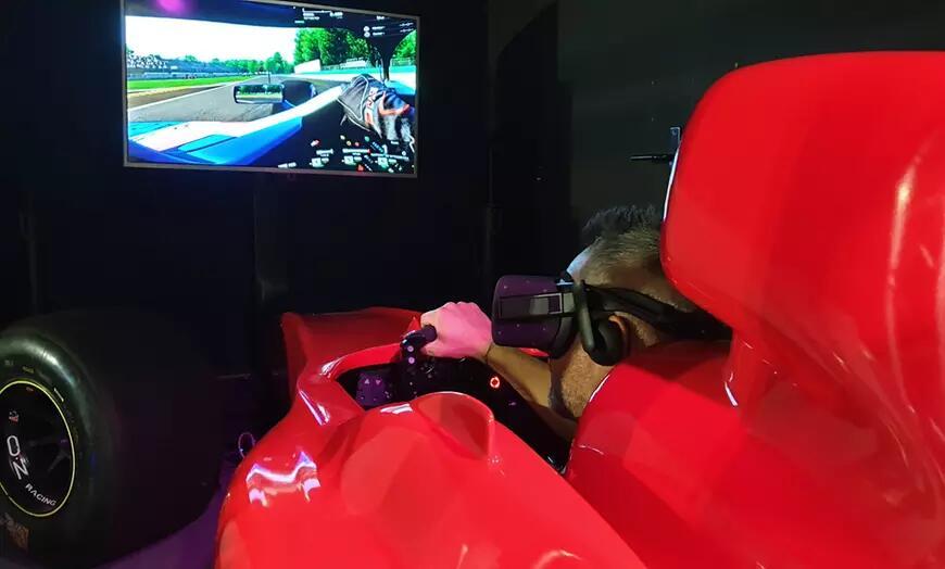 3 sessions de pilotage simulateur F1 en réalité virtuelle de 25 min avec SimFactory Bordeaux (30)