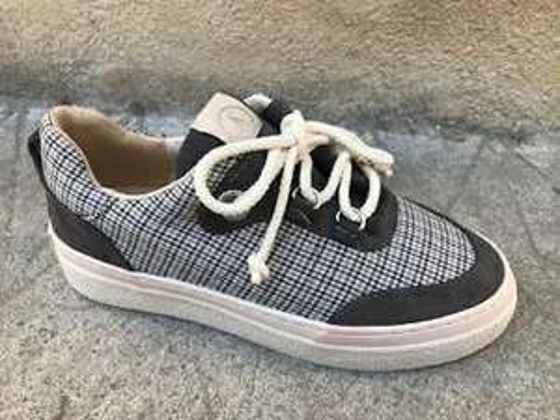 Sneakers Armistice Onyx One W Sirious pour Femme - Tailles 37, 39, 40 & 41 (shoesuniverse.fr)