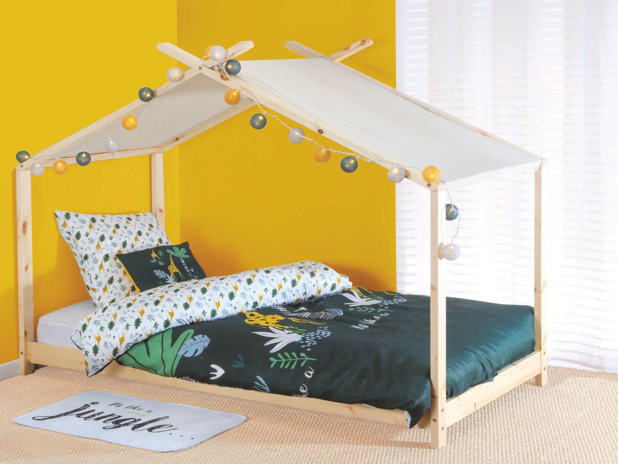 Lit cabane Atmosphera en pin avec sommier 90x190cm + toile de cabane offerte
