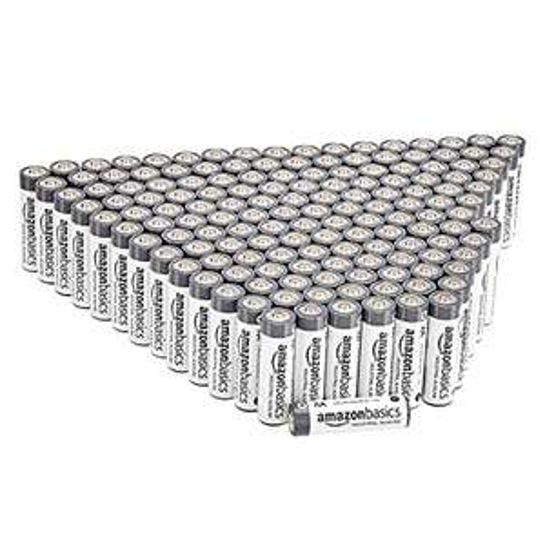 Lot de 300 piles alcalines Amazon Basics AA