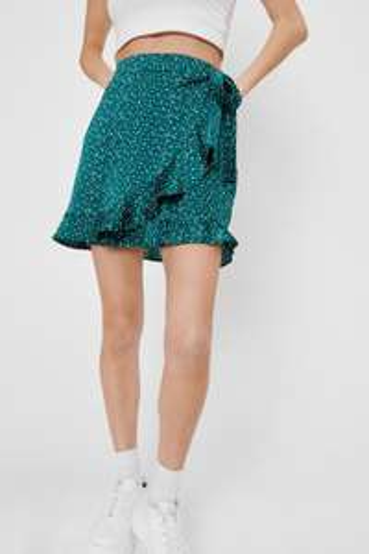 Sélection de produits en promotion - Ex : Mini jupe portefeuille en satin à imprimé pois (Taille 32, 34, 36, 42)