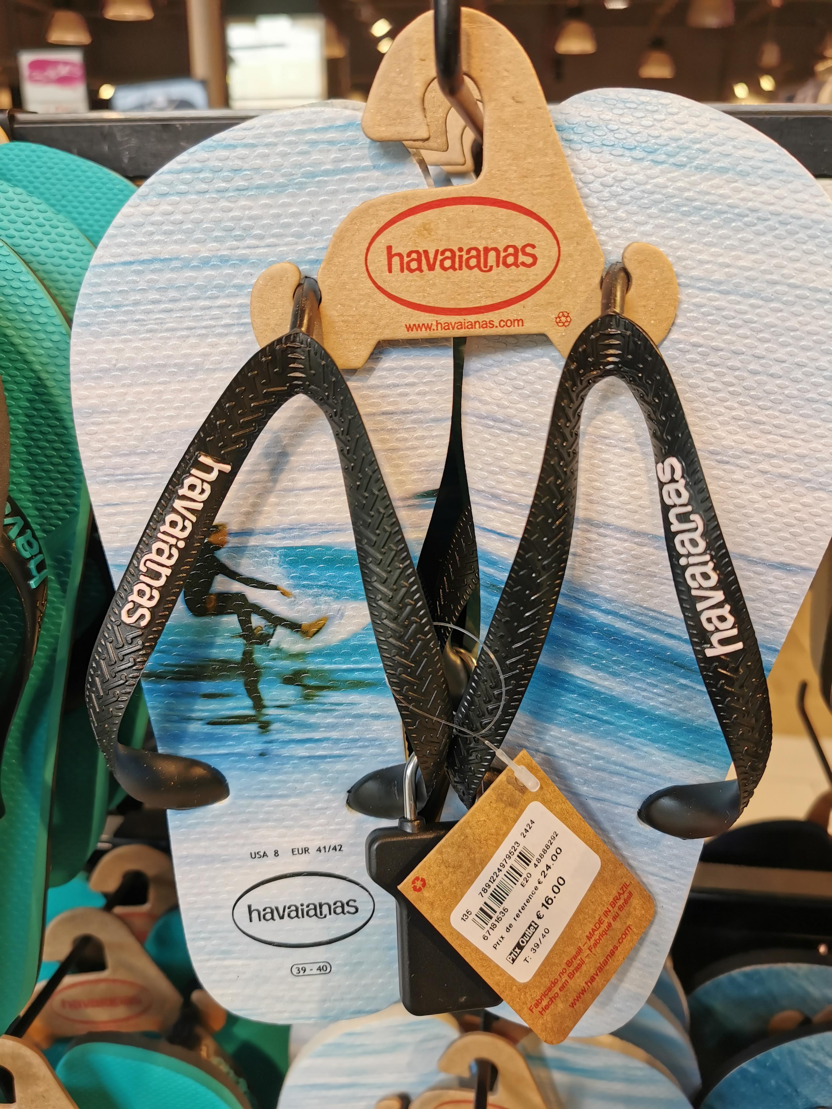 Sélection de tongs Havaianas en promotion - Ex : motif Surfer - One Nation Paris Outlet (78)