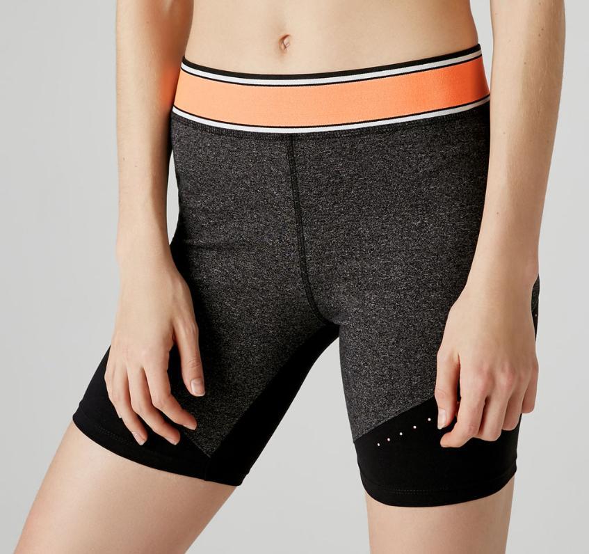 30% de réduction sur une sélection de sportswear Start Moving et Reebok - Ex : short cycliste