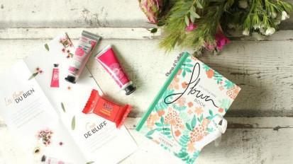 Une mini box flower book offerte  pour tout achat sur le site