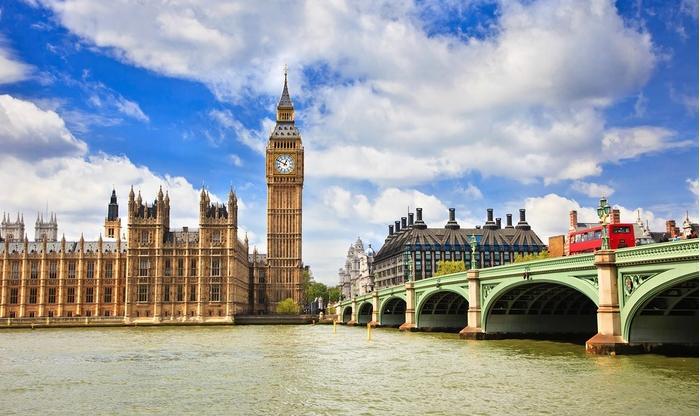 Journée de shopping à Londres avec transport en bus depuis Paris et province et traversée en ferry pour 1 personne