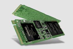 SSD Samsung PM951 256Go (M.2 NVMe PciE 4x: 1 000MB en lecture, 280 en écriture)