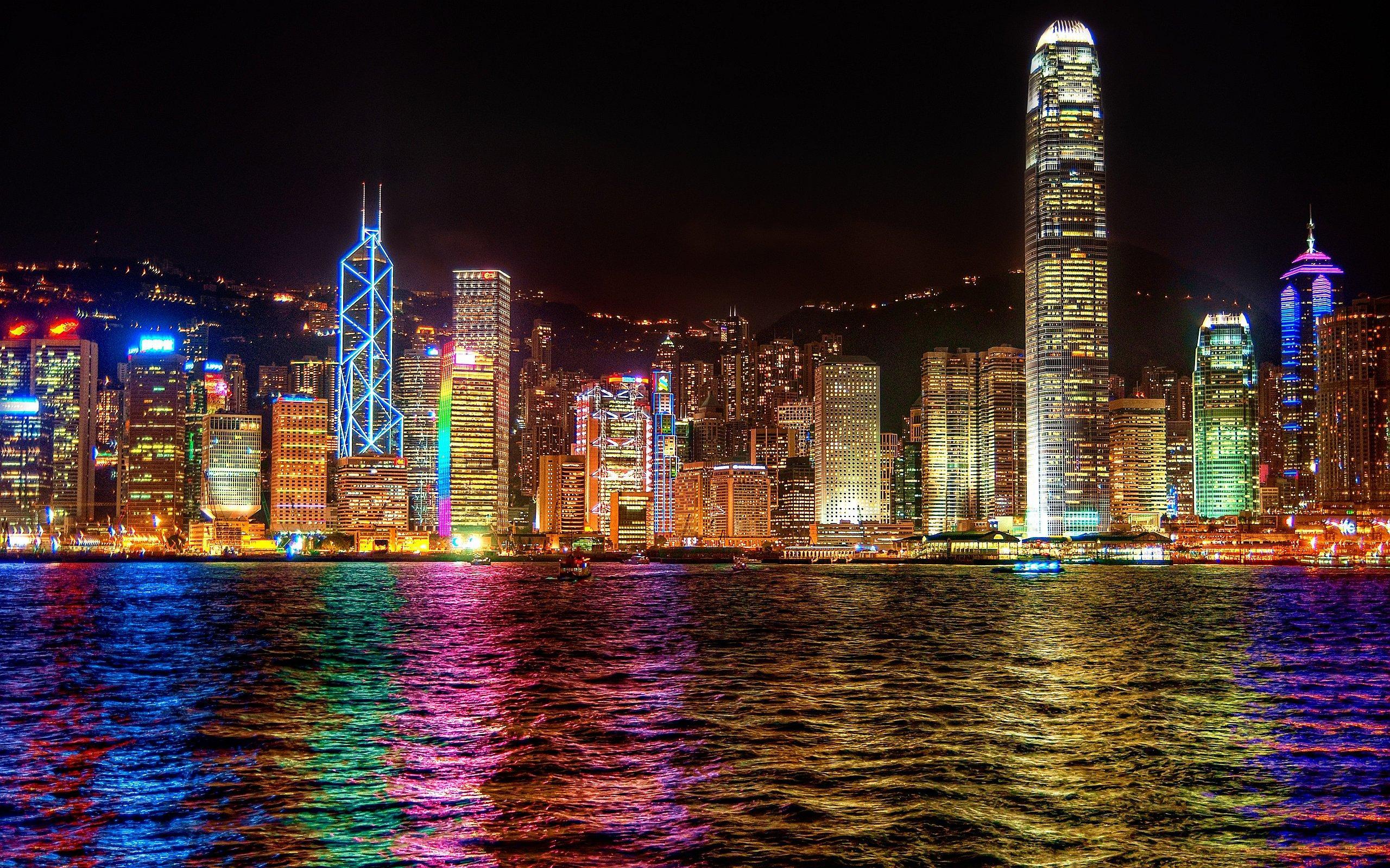 Vols A/R Paris - Hong Kong en Automne (du 27 octobre au 24 novembre)