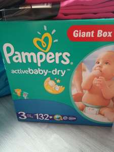 Paquet de 132 couches Pampers Active Baby Dry (Taille 3)