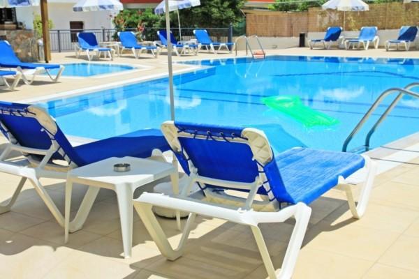 Séjour 3* en Crète à l'hotel Angelika en demi-pension départ de Paris du 28 Mai au 4 Juin