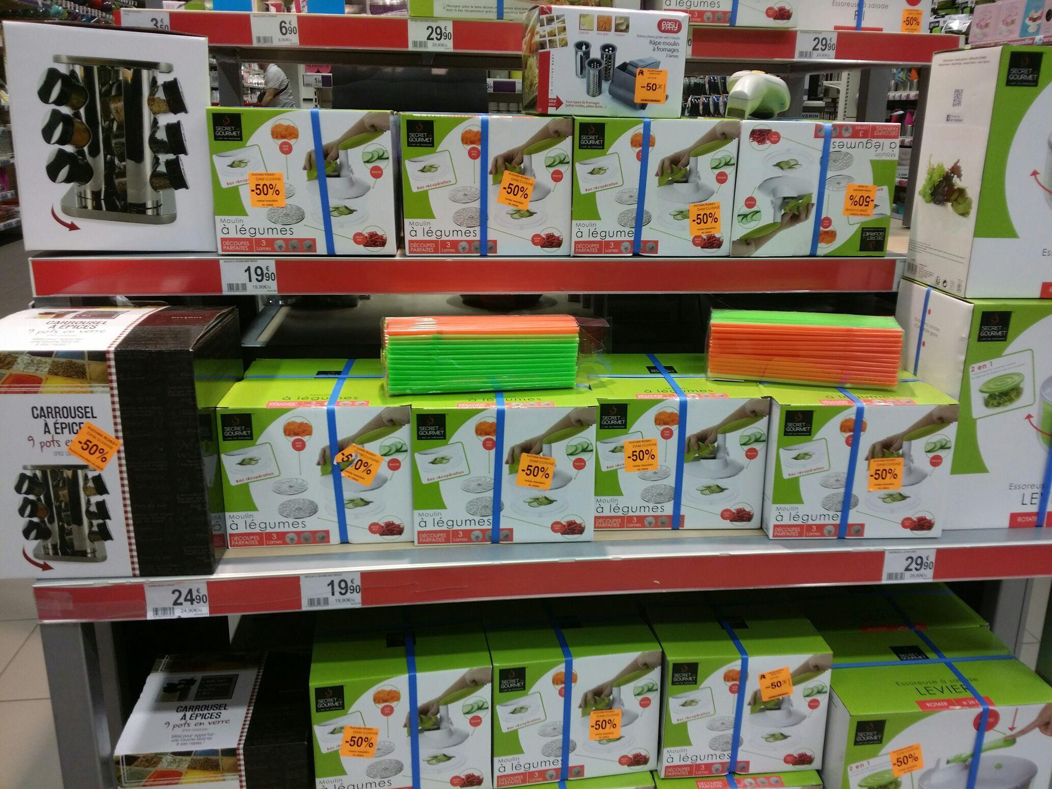 50% de réduction sur une sélection d'accessoires de cuisine - Ex : Carrousel à épices 9 pots