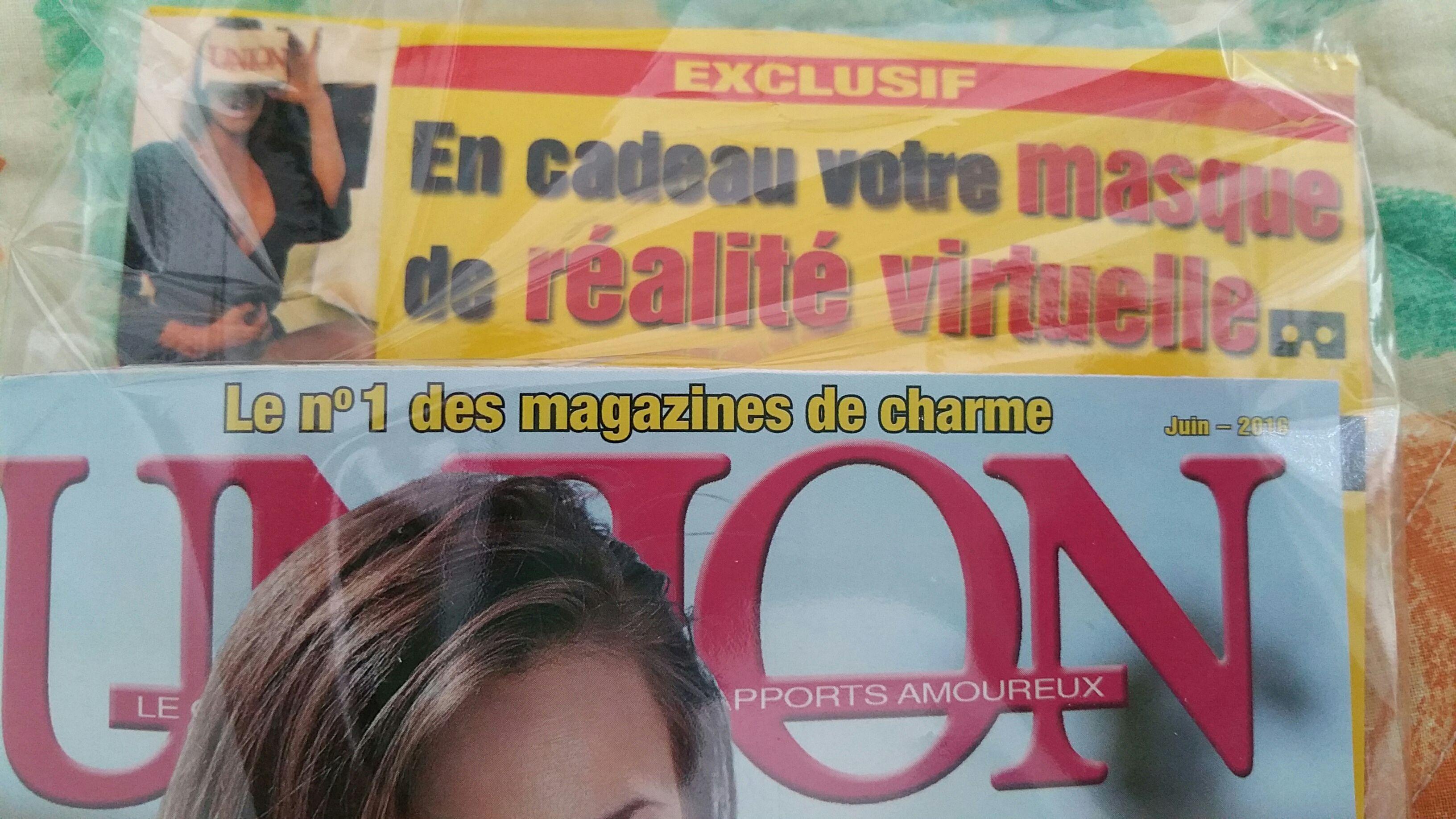 Une cardboard offerte pour l'achat du magazine Union