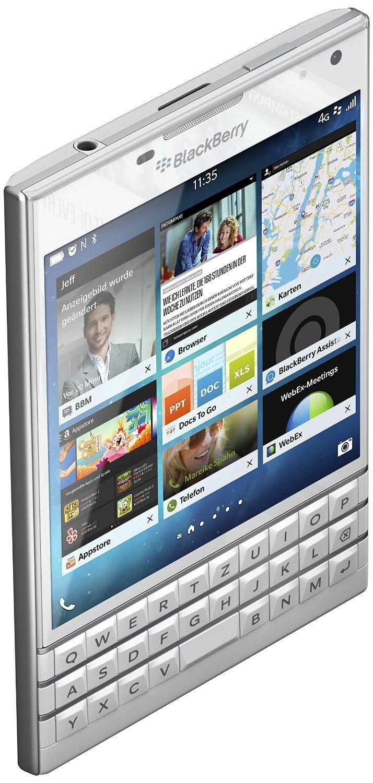 """Smartphone 4.5"""" Blackberry Passport - 32Go, Blanc (clavier qwertz)"""