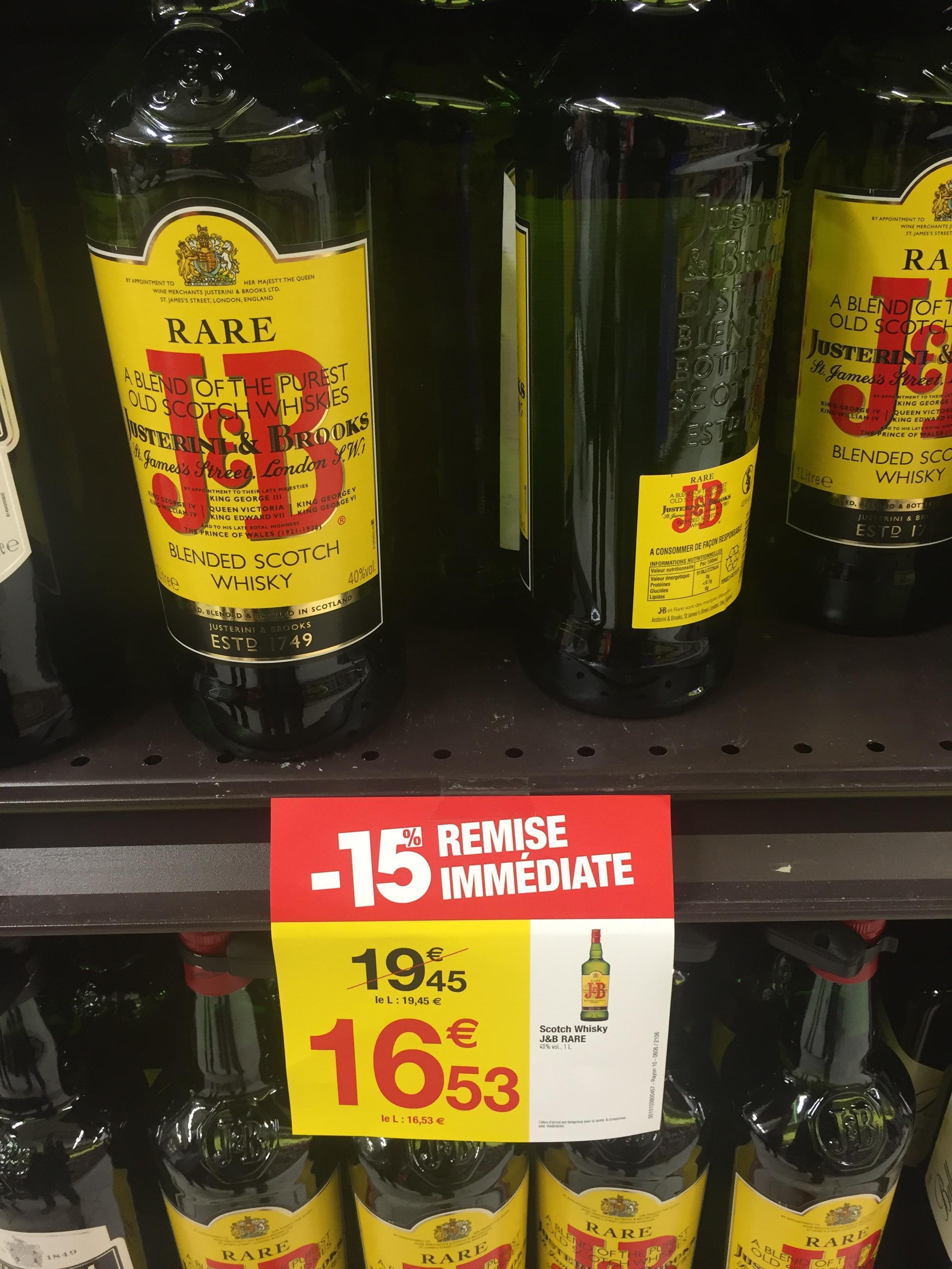 Bouteille de whisky J&B (1 L)