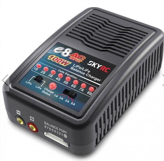 Chargeur de batterie SkyRC pour LiPo / LiFe 2S-8S 6A pour modélisme