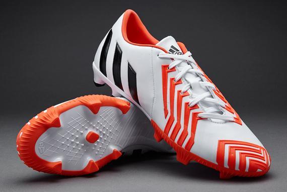 Sélection de Chaussures de Football en promotion - Ex: Chaussures Adidas Predator Absolion Instinct