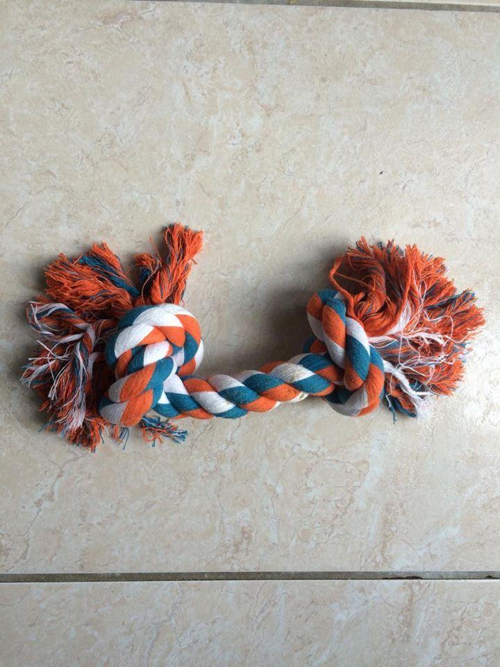 Corde de jeu pour chien - 2 nœuds, 40cm