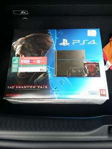 Pack PS4 500 Go + manette + Metal Gear Solid V The Phantom Pain