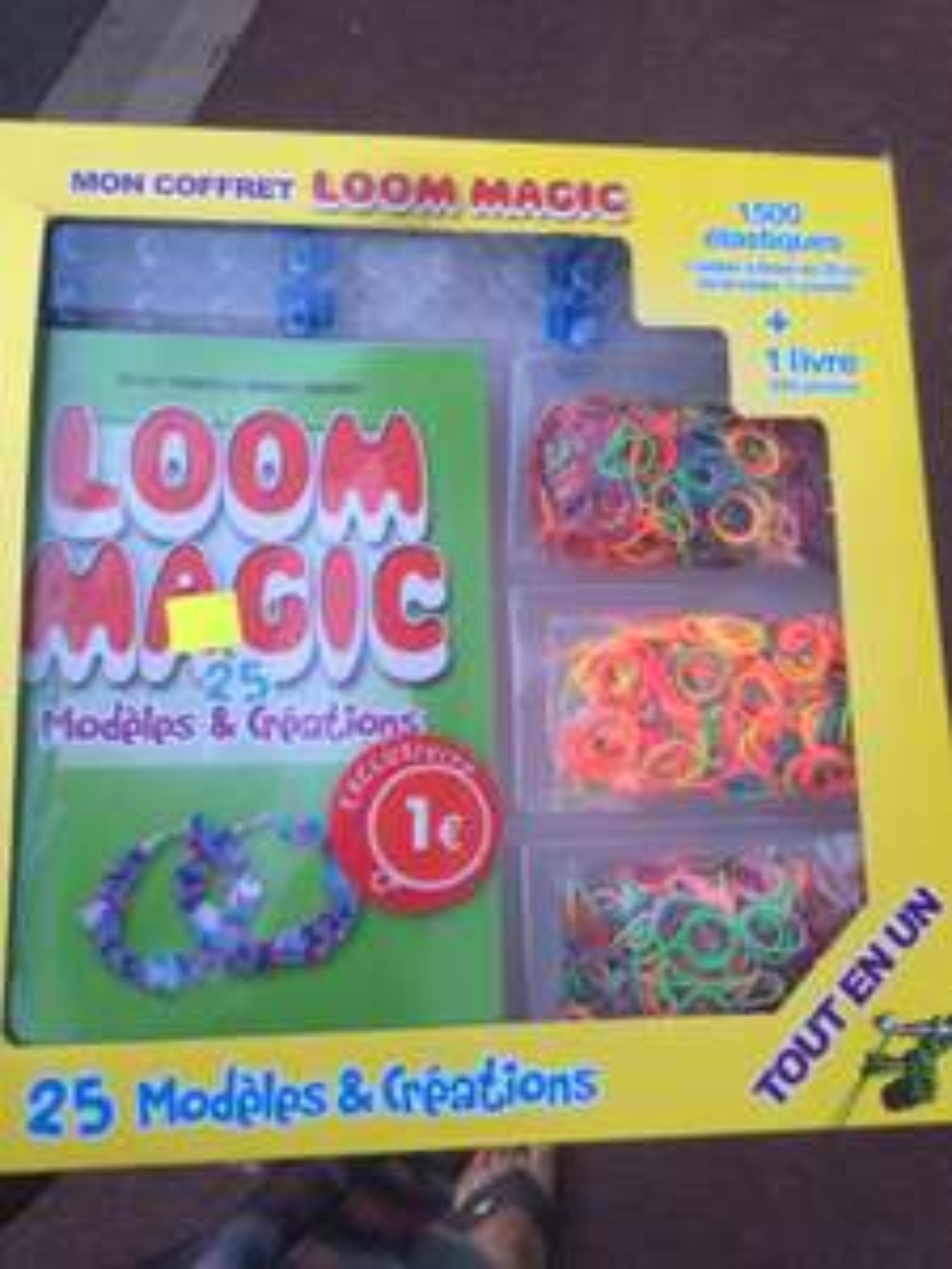 Coffret Loom Magie - 1500 élastiques + 24 fermoirs avec 1 Crochet + Livre 300 Photos