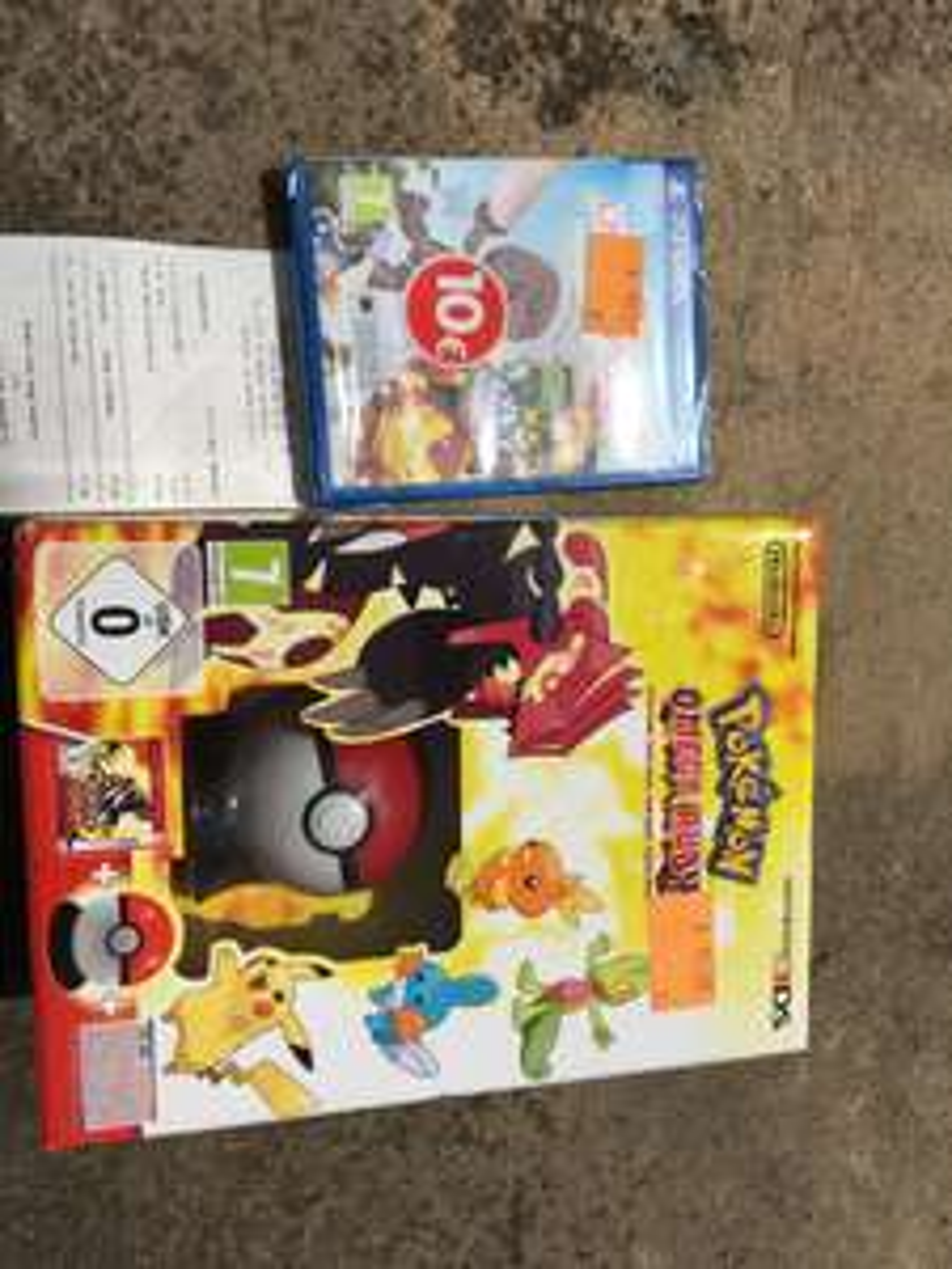 Pokemon Rubis Omega Edition limitée (avec Pokeball + Poster) sur 3DS