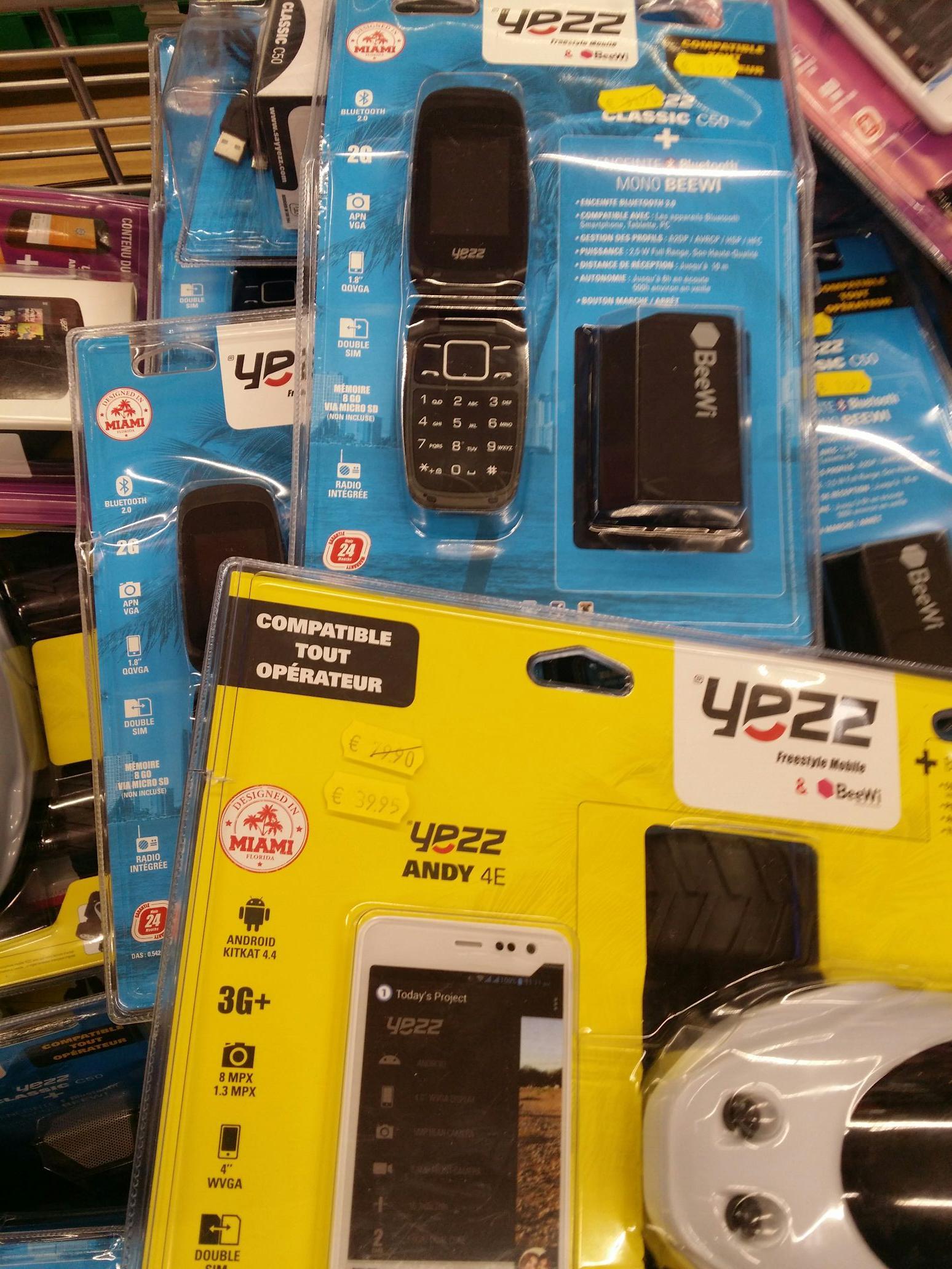 """Promotion sur une sélection de smartphones Yezz Mobile - Ex:  Smartphone 4"""" Andy 4E"""