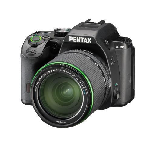 Appareil photo reflex Pentax K-S2 + Objectif 18-135 mm WR - Stabilisé et tropicalisé