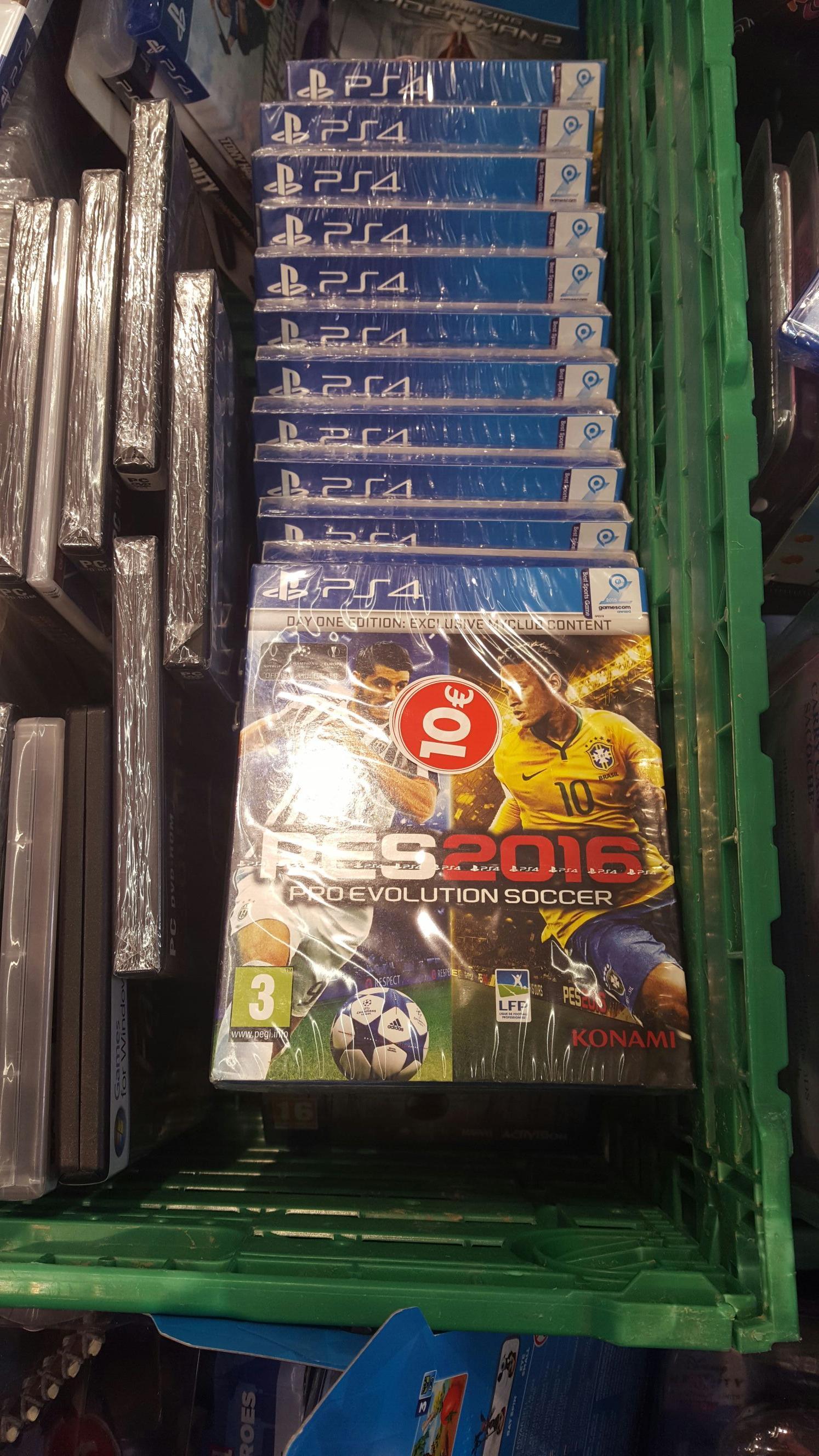 Pro Evolution Soccer 2016 - Édition Day One sur PS4 et Xbox One
