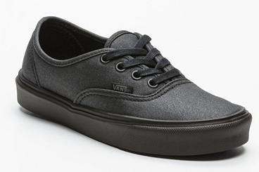 Jusqu'à -70% de réduction sur une sélection de chaussures Quiksilver  - Ex : Chaussures Authentic noir