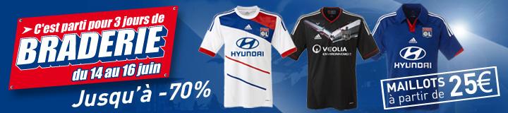 Jusqu'à -70% de réduction sur les vêtements de la Saison 2012-2013
