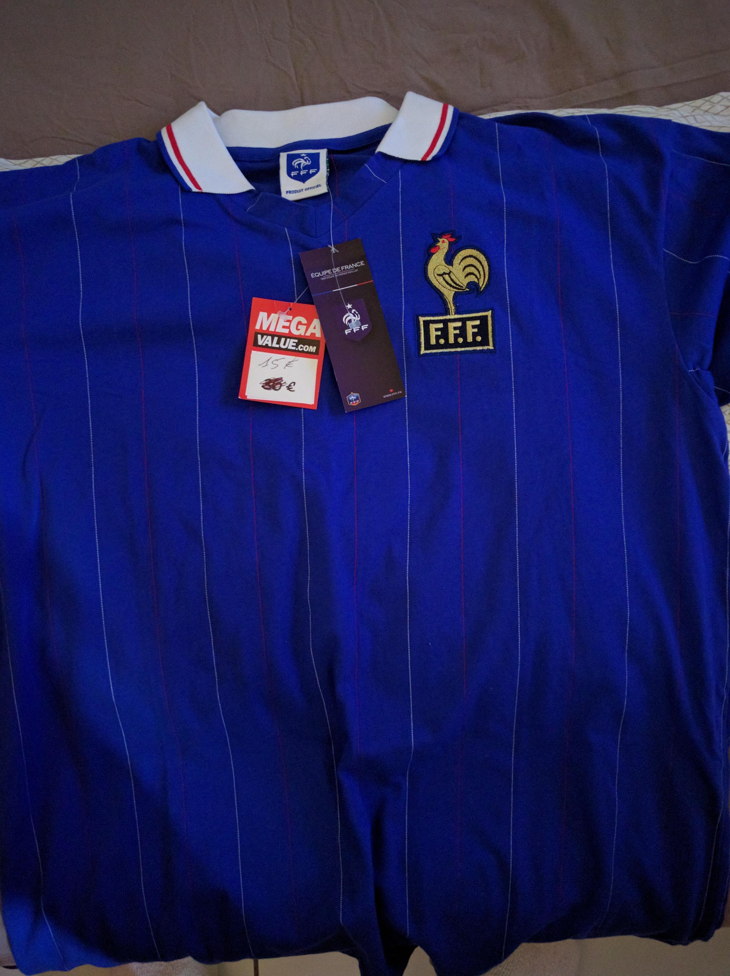 Sélection de Maillot Vintage Equipe de France - Ex : Maillot Equipe de France 1982 ou 1984 ou 1986