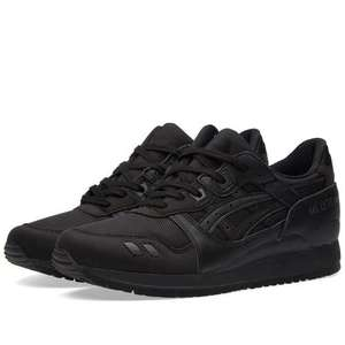 Promotion sur une sélection de sneakers Asics Gel Lyte 3 - Ex: Modèle Triple Black