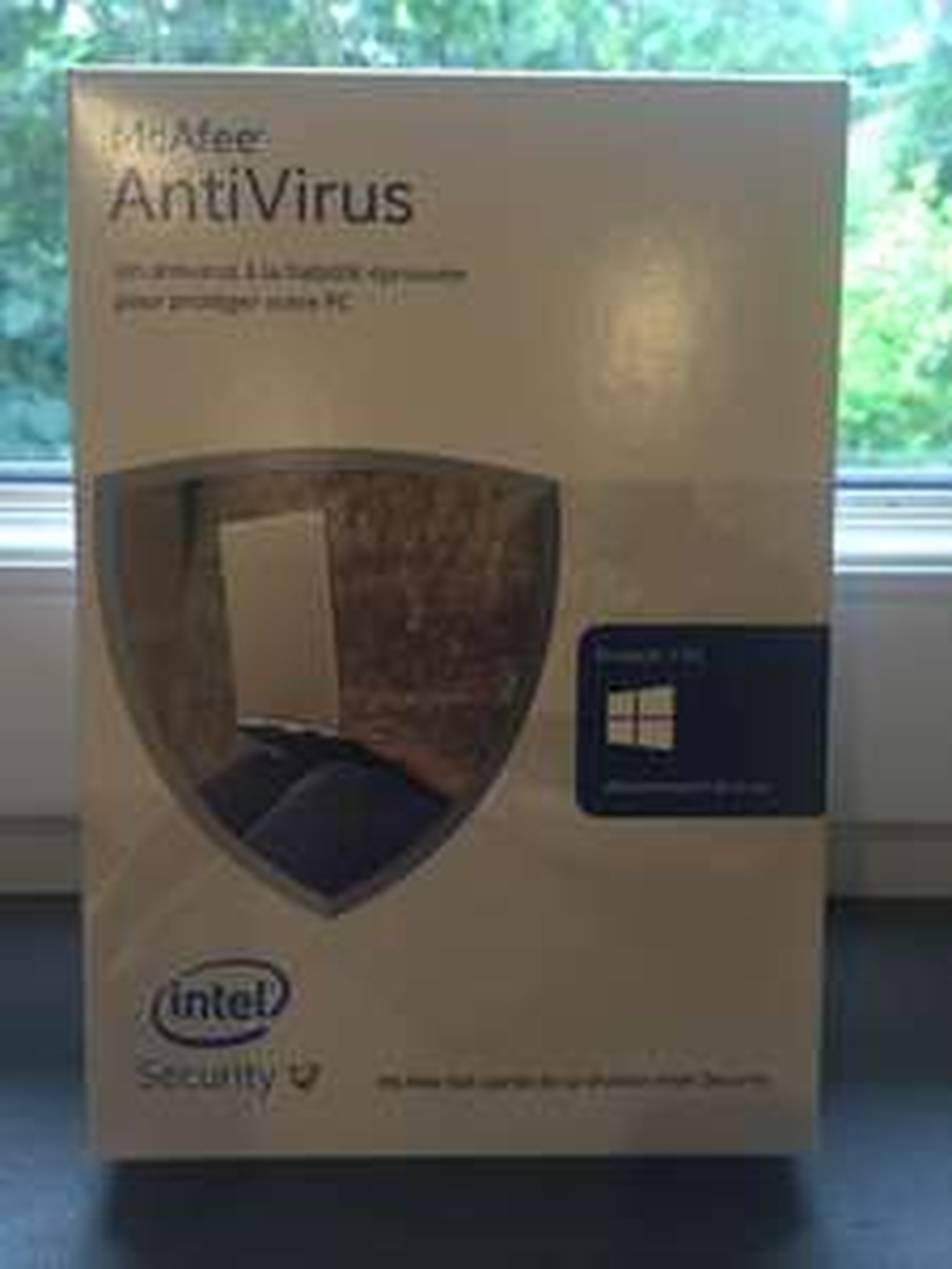McAfee AntiVirus 2016 - 1 an