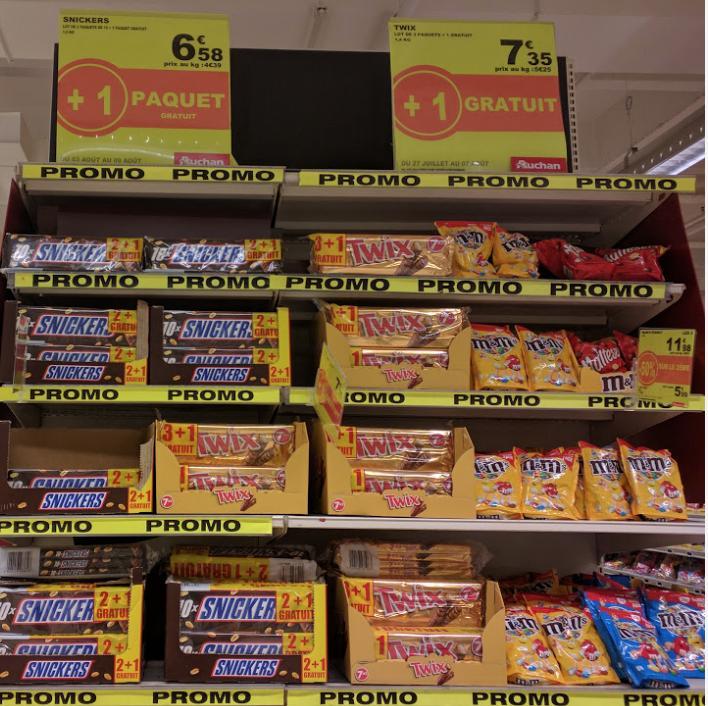 Lot de 4 paquets de Twix (x10) à 7.35€ ou lot de 3 paquets de Snickers (x10)