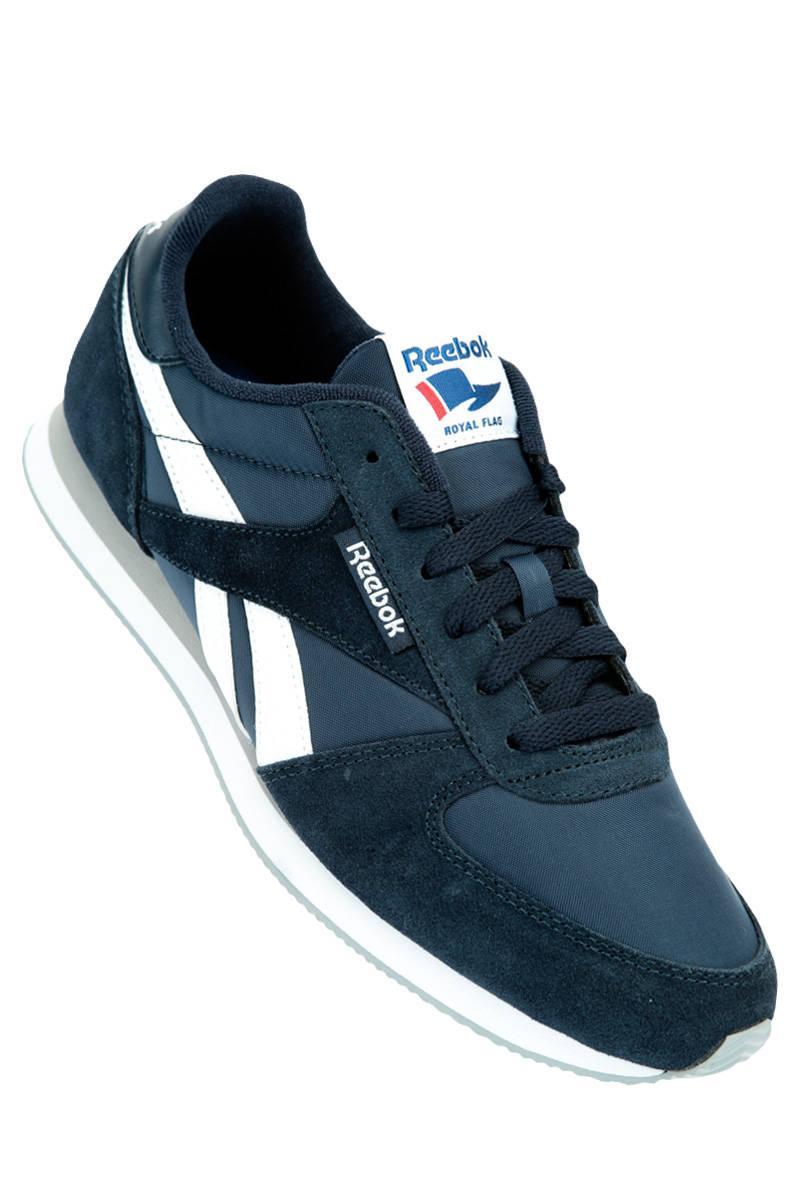 Sélection de chaussures Reebok en promotion - Ex : couleur marine (du 40 au 46)