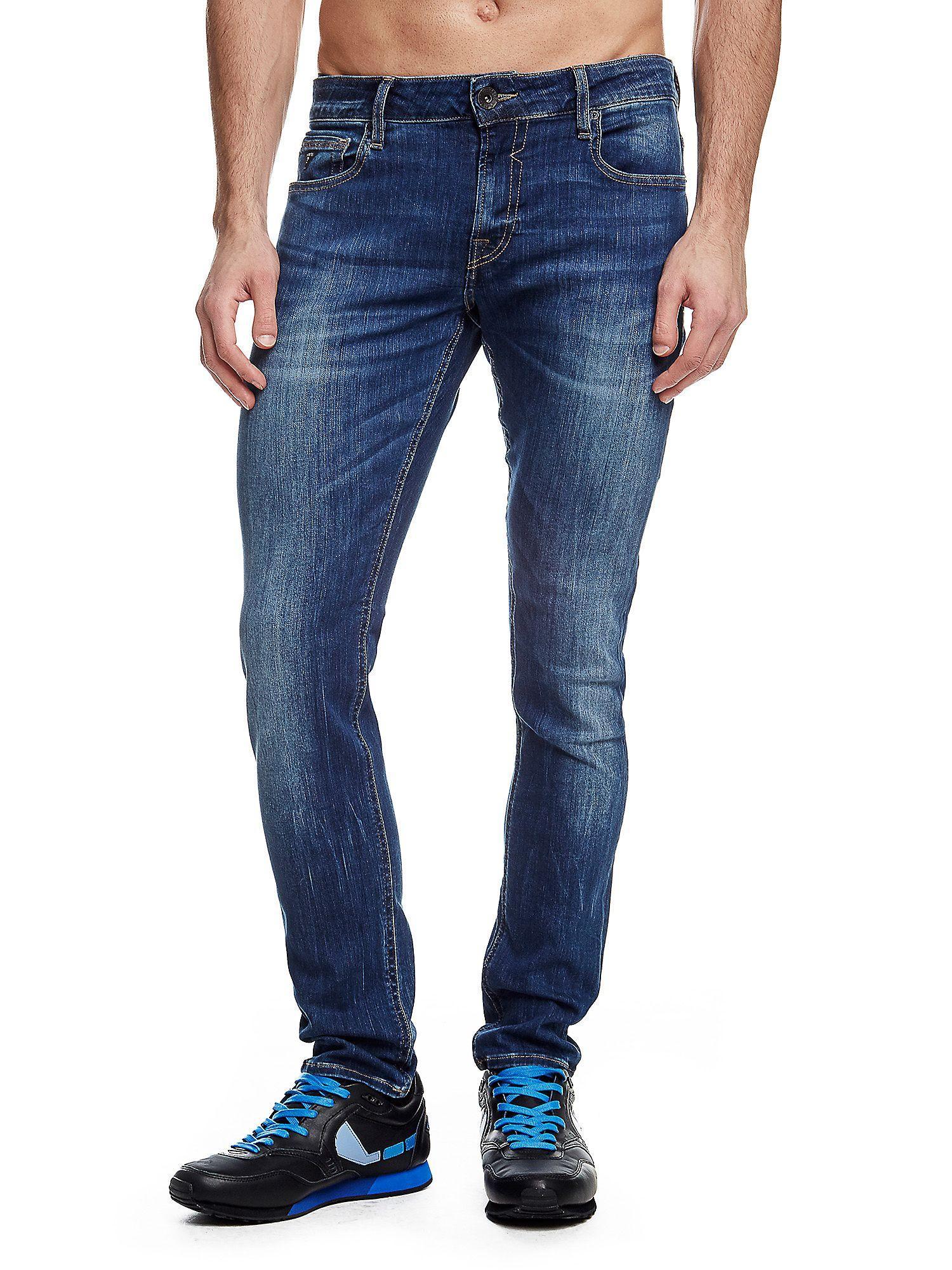 60% de réduction sur toute la Collection Été - Ex : Jean Super Skinny pour Homme
