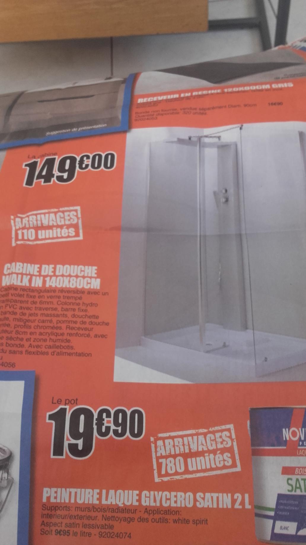 Cabine de douche avec jets massant