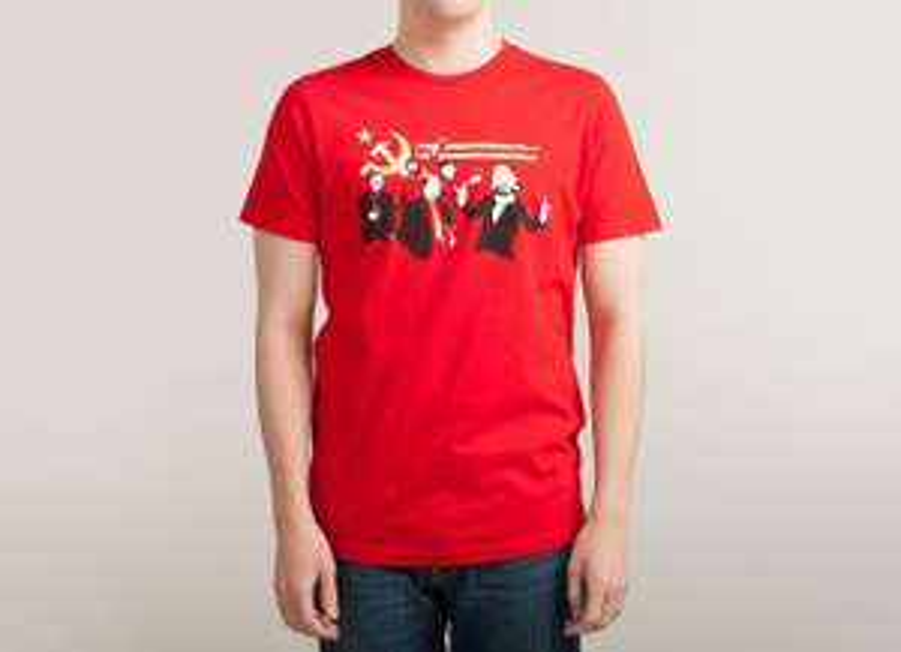 50% de réduction immédiate sur les Vêtements + 10$ (8,96€) supplémentaires dès 75$ d'achats (67,23€) - Ex: T-Shirt The Communist Party (Rouge)
