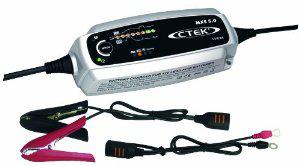 Chargeur de Batterie Auto CTEK MX5.0