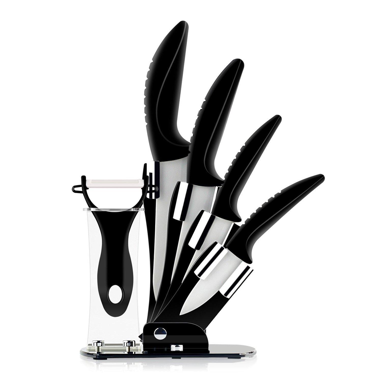 Set de 4 couteaux en céramique et un eplucheur
