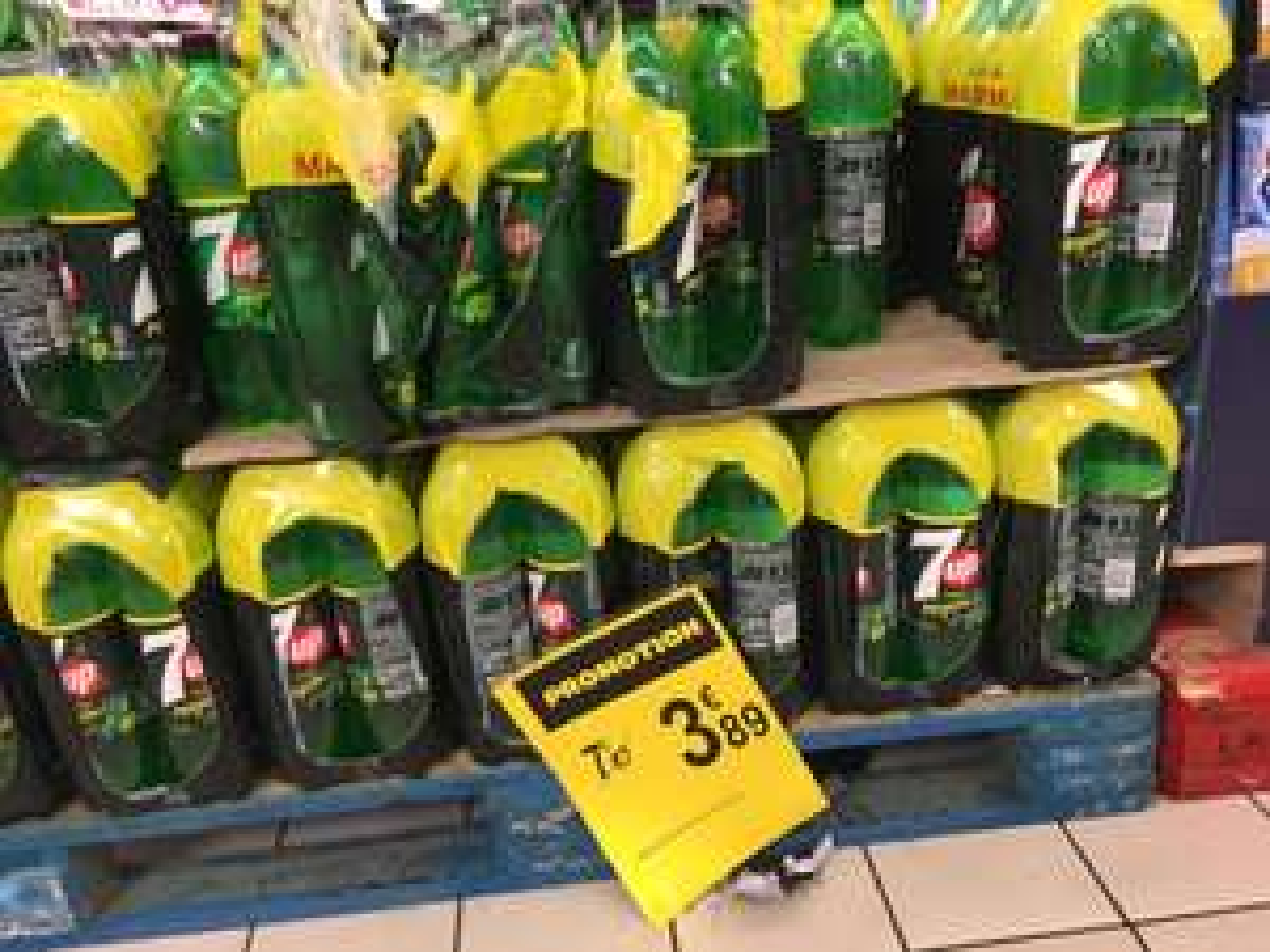 Pack de 6 bouteilles de 7up de 1,5L - Saveur Mojito