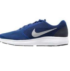 Chaussures hommes Nike Performance Revolution 3 (Taille 41 à 47,5)