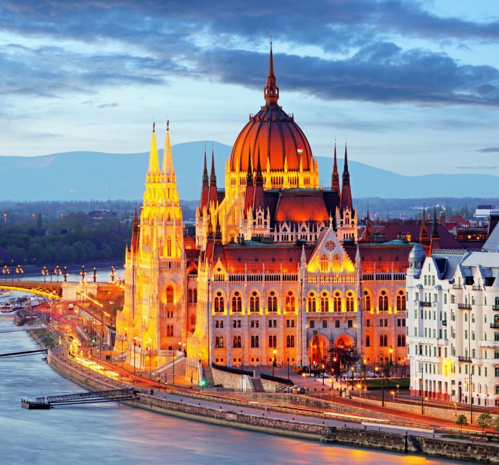 Vol A/R Paris - Budapest Fin Octobre + Hébergement de 5j pour 2 adultes + 2 enfants
