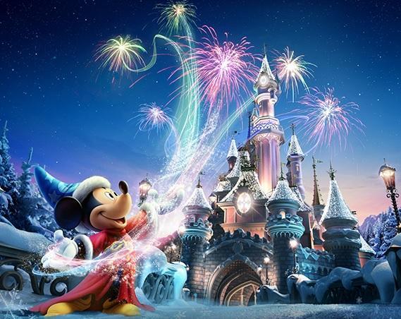 séjour DisneyLand Paris de  2 jours / 2 parcs Hotel Davy Crokett Ranch pour  2 Adultes et  4 Enfants