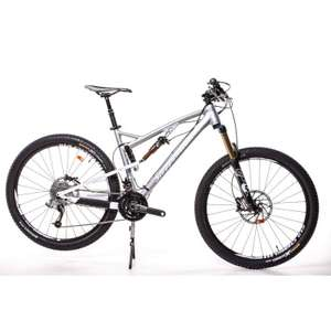 "VTT 27.5"" All Mountain Steppenwolf Tycoon Race  Argent/Blanc Tailles : S-M-L-XL"