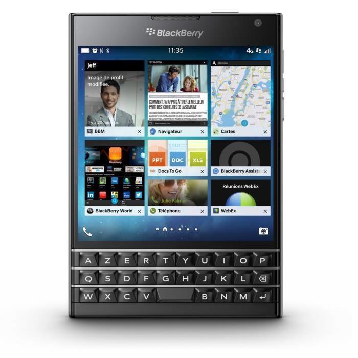 """Smartphone 4.5"""" BlackBerry Passport - Noir"""