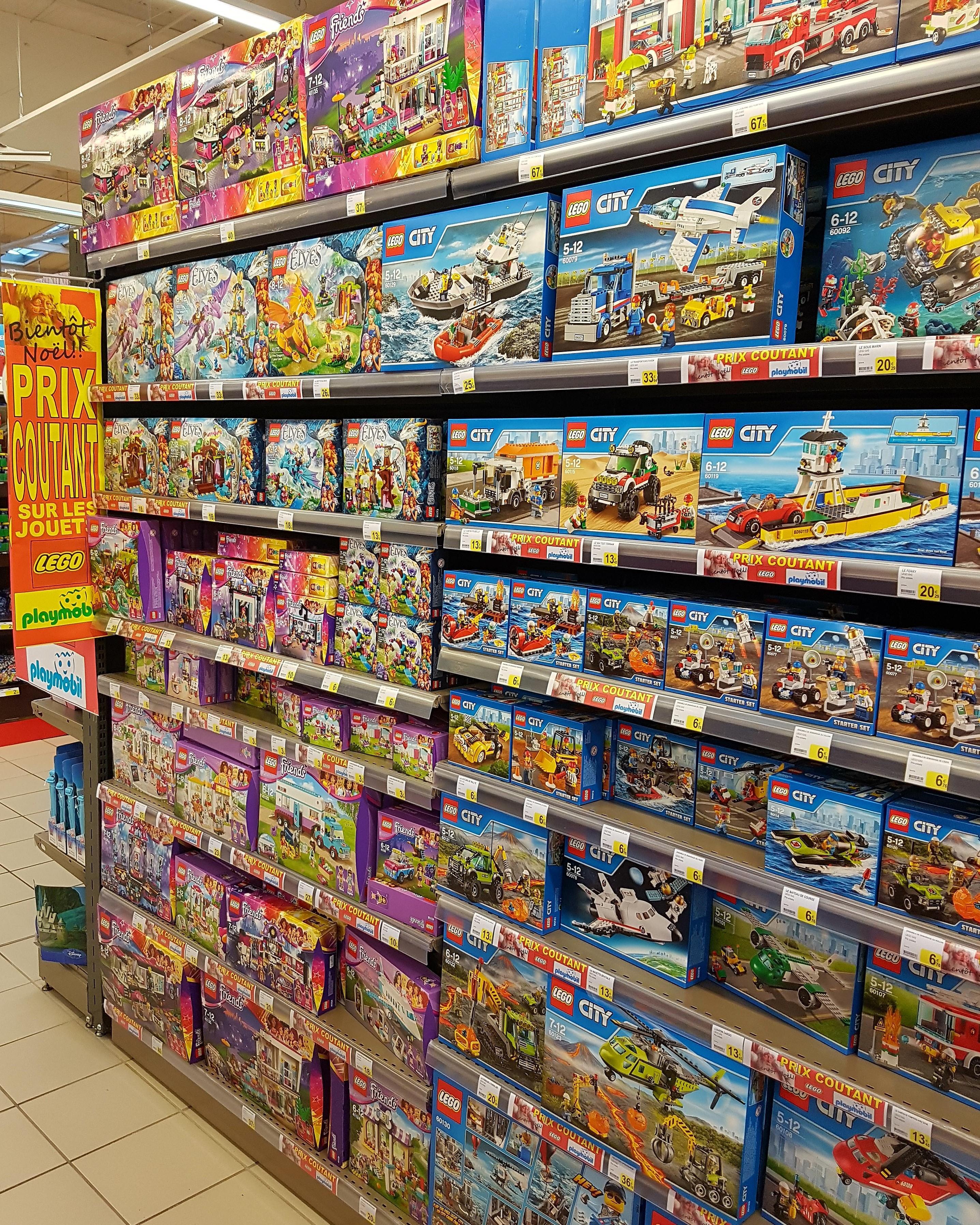prix coûtant sur les jouets Lego et Playmobil - Ex : Lego Technic - Voiture de course des 24h
