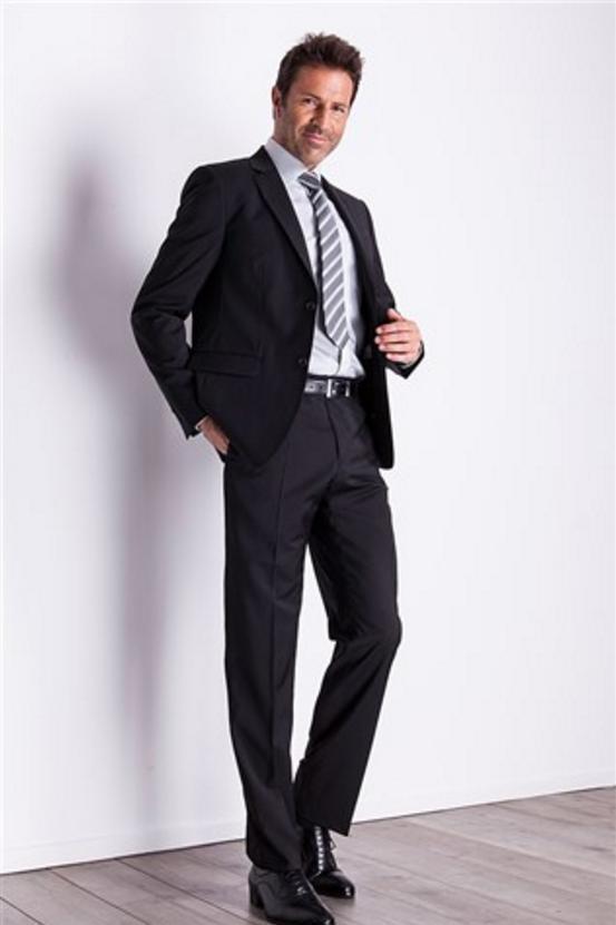 Jusqu'à 50% de réduction sur une sélection de vêtements - Ex : Veste séparable Homme S100