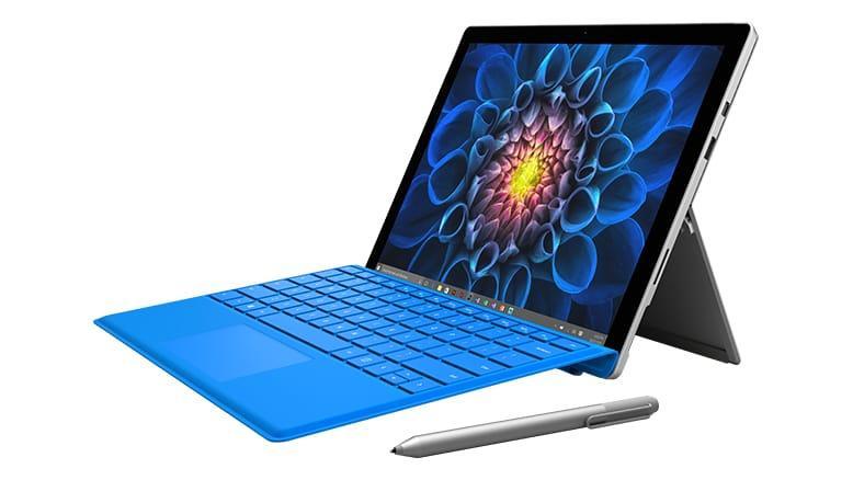 """Tablette tactile 12.3"""" Microsoft Surface Pro 4 (i5-6300U, 4 Go de RAM, 128 Go en SSD) + clavier Type Cover (QWERTY)"""