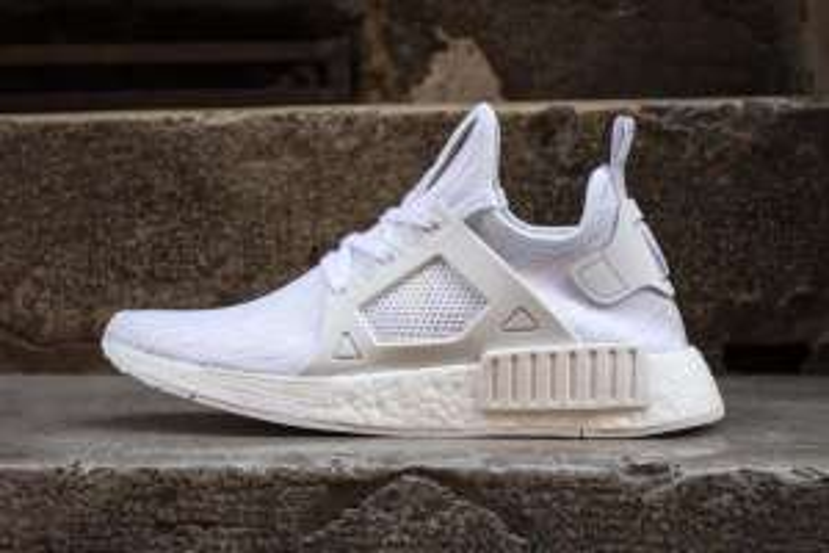 """30% sur une sélection de sneakers - Ex : Adidas  NMD_XR1 Pk """"Vintage White"""""""